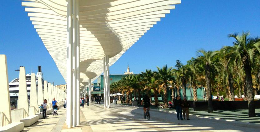 Muelle Uno centro comercial en el Puerto de Malaga