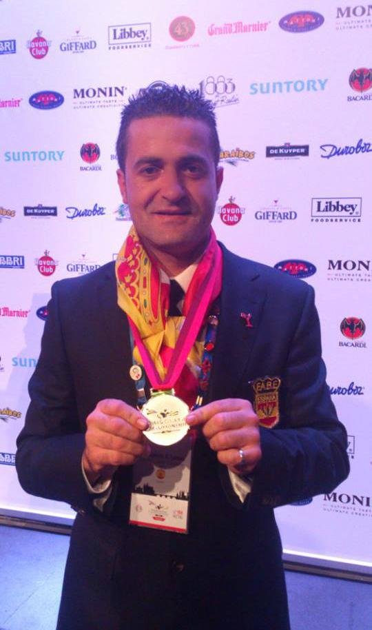 Francisco, ganador de la medalla de plata en el Campeonato Mundial de Coctelería 2013, celebrado en Praga