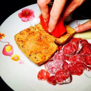 fuet tipico comida gastronomia costa brava gastronomy typical food dish