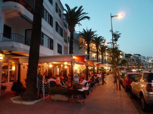 Lifestyle Mediterranean: Diet and leisure