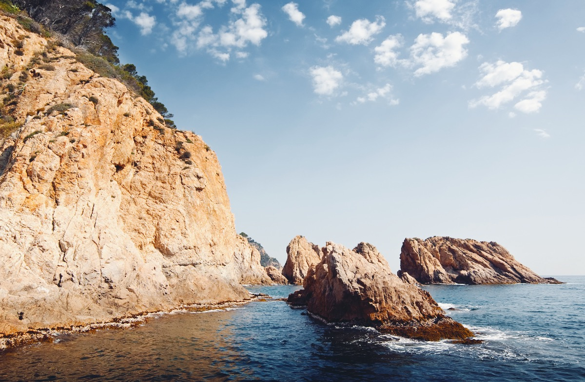 From the mountain to the beach in minutes: the magic of the Costa Brava