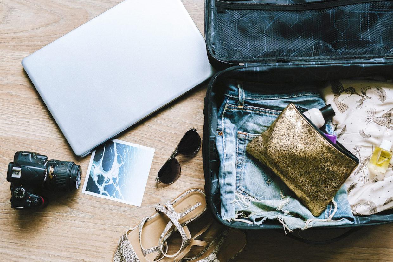 Dime qué llevas en la maleta y te diré qué tipo de viajero eres