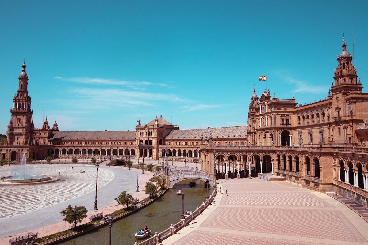 Consejos que debes conocer antes de visitar España